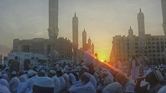Black Stone: medina sunset