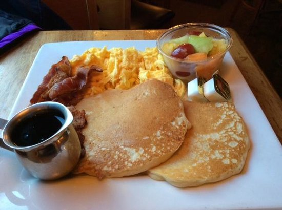Main Streets Market & Cafe: Breakfast
