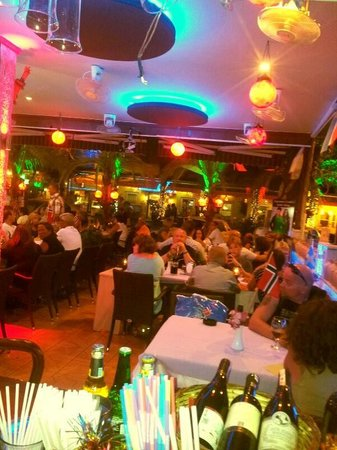 aspendos restaurant_bar