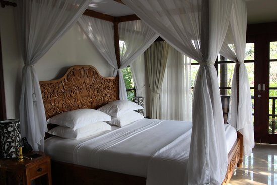 Amori Villas: Honeymoon Suite (with an outdoor bathroom/shower (fantastic)