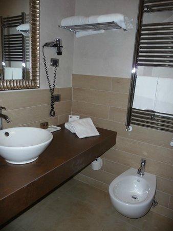 Hotel Patavium: Baño