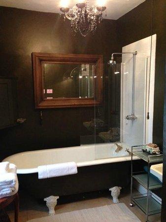 Satis House Hotel : Bathroom