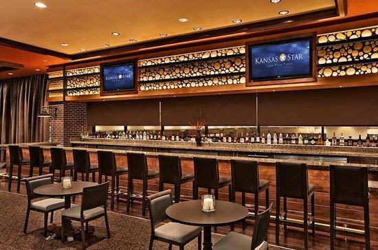 Kansas star casino bar hours