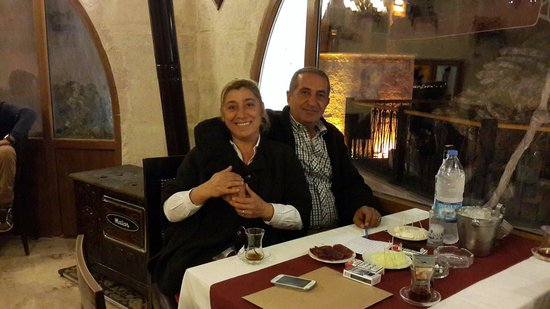Hermes Cave Hotel: The always cool and calm Mr Vahit with his beautiful smile wife Mdm Serpil