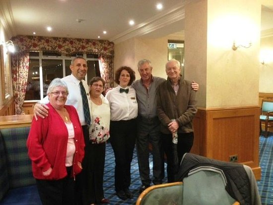 Loch Long Hotel: Some of the friendly staff