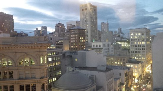 Four Seasons Hotel San Francisco : Room with a View