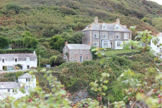 "The Gallery B&B: the TV home of ""Doc. Martin"""