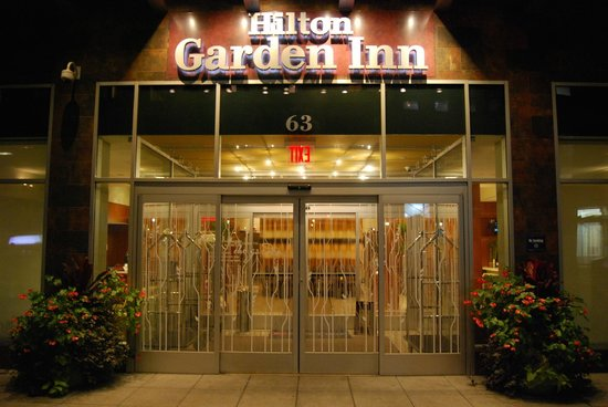 Eingang Picture Of Hilton Garden Inn New York West 35th Street New York City Tripadvisor