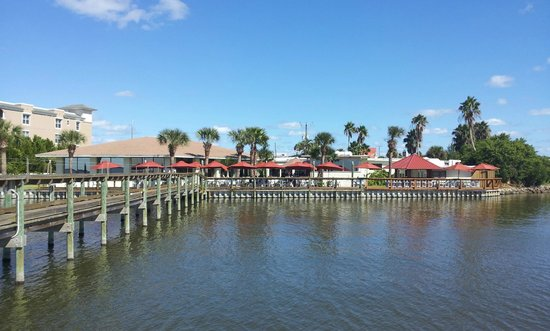 Jack Baker's Lobster Shanty : View from the restaurant's pier.