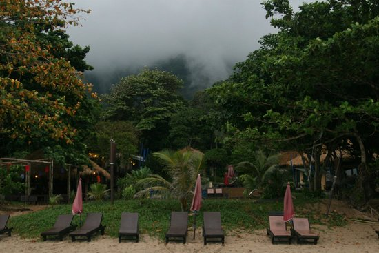 LaLaanta Hideaway Resort: The fog....