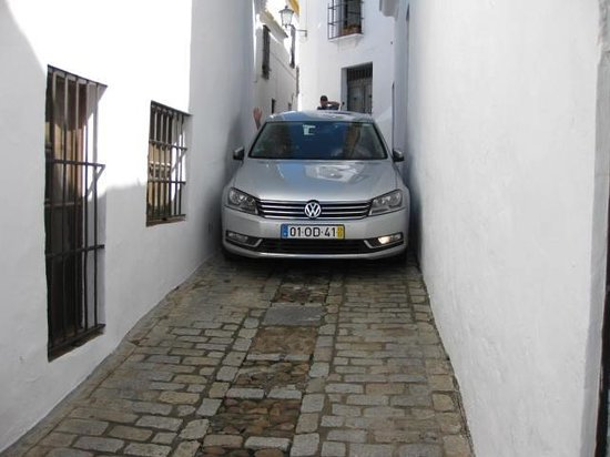 Carmona, Spanje: Follow the signs, not your GPS