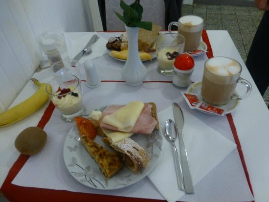 Hotel Birillo: Fantastic Breakfast!