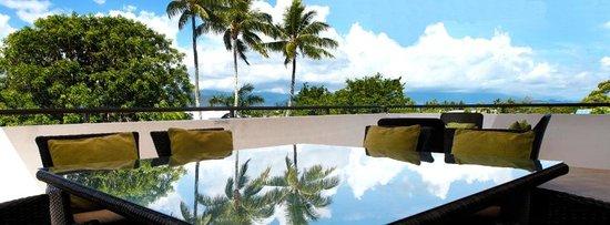 Saltwater Luxury Apartments: 3 Bedroom Penthouse Balcony setting