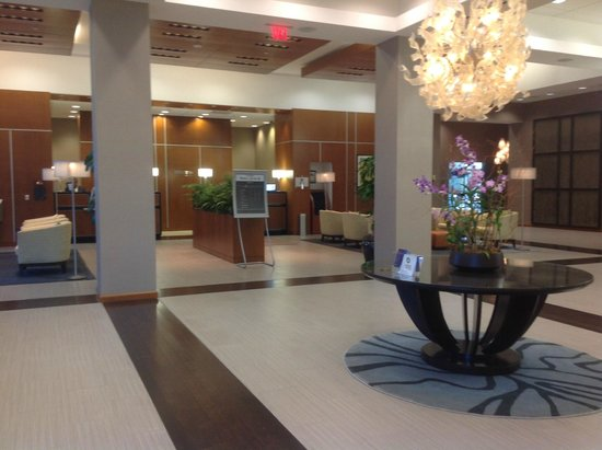 The Westin Lake Mary: Nice lobby and Shula's entrance to the right