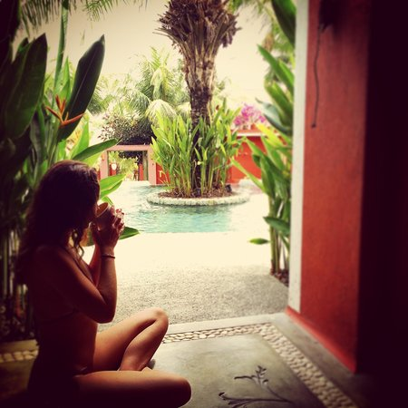 PinkCoco Bali : poolview from our room 19