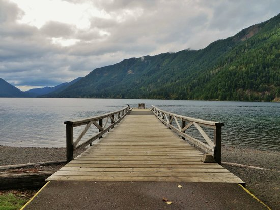 Crescent Lake: view from the lodge pier