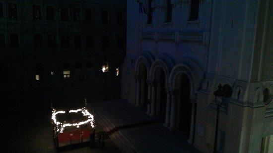 Alexander the Great Hotel: الأسقفية اليونانية