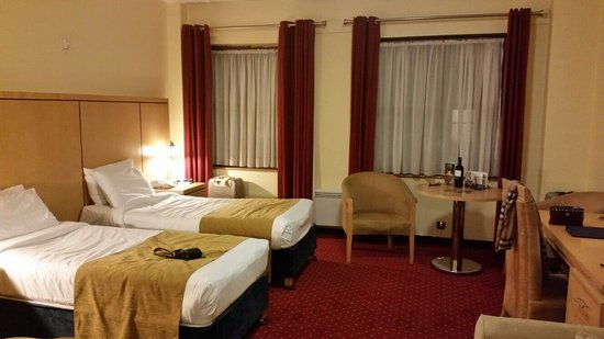 Temple Bar Hotel : Our room at your hotel, and we just loved it and slept like babies in those lovely beds ;
