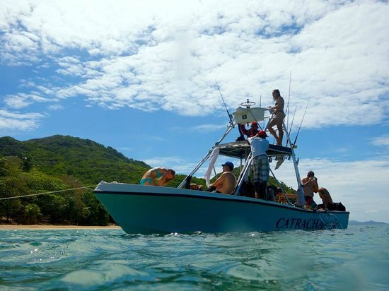 Quality Time Divers: Quality Time Diver's Boat - Roomy, fast and comfortable