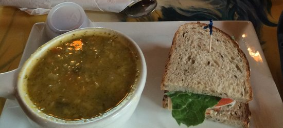 Cafe Chew: Autumn vegetable soup and turkey sandwich