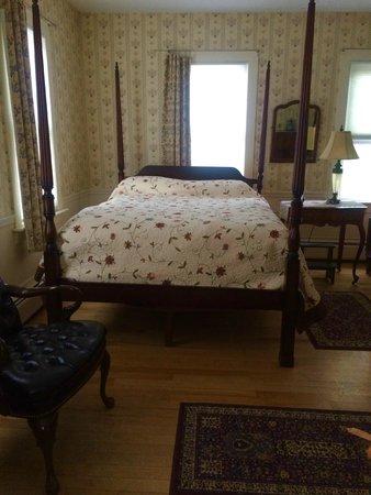 The Waitsfield Inn: Our room