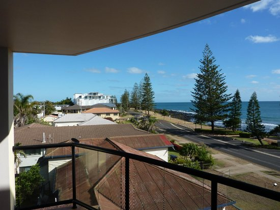 Kacy's Bargara Beach Motel Complex : Balcony view