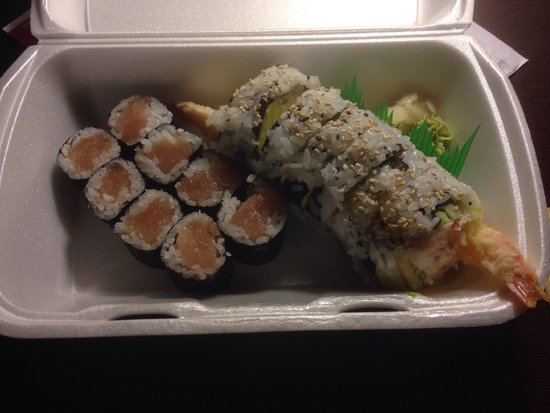 Sushiya: Tuna roll and Dynamite