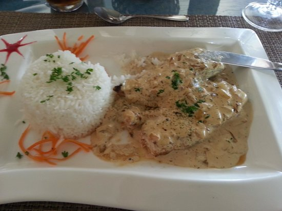 Le Relais Gourmand: Parrot fish in butter sauce