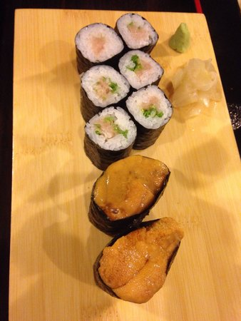 Ichiro Japanese Restaurant : Negitoro and uni. Absolutely fresh and delicious.