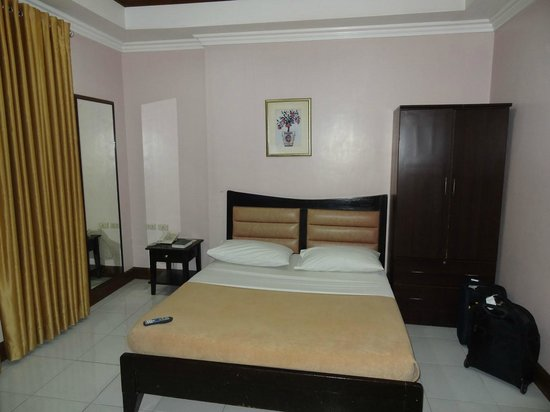 Highway 21 Hotel (Iloilo City, Philippines) - UPDATED 2017 Reviews ...