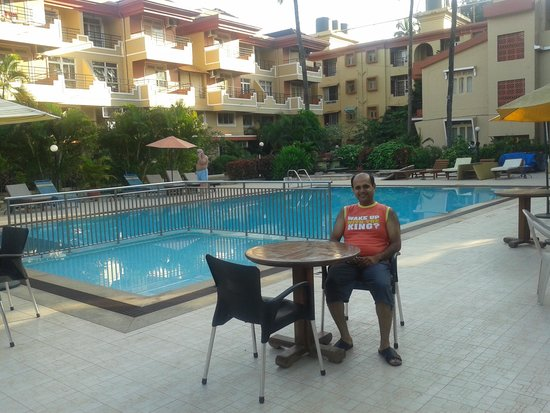 Somy Resort: Resorts Pool n rooms view