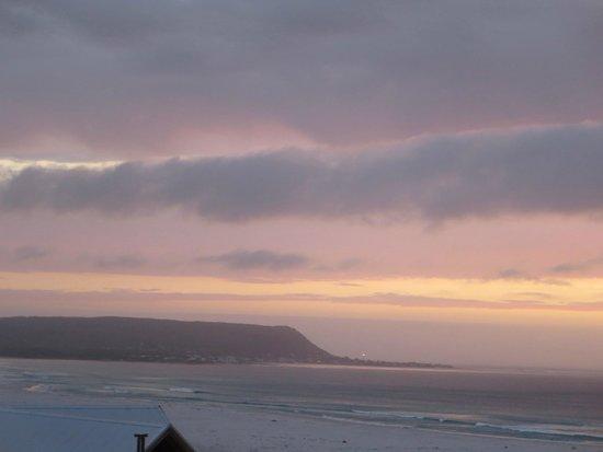 Monkey Valley Beach Nature Resort: SUNSET TAKEN FROM CHALET