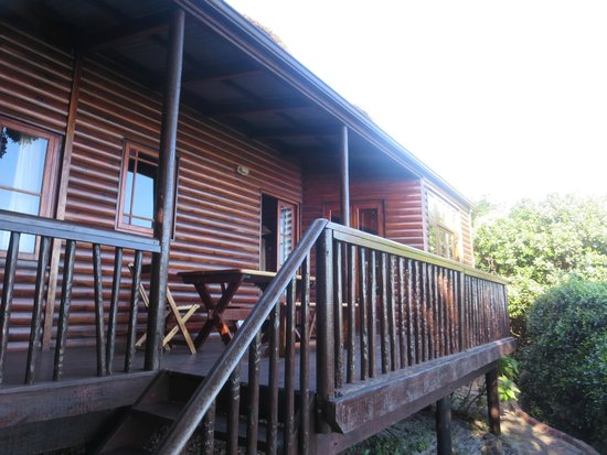 Monkey Valley Beach Nature Resort: FRONT OF CHALET