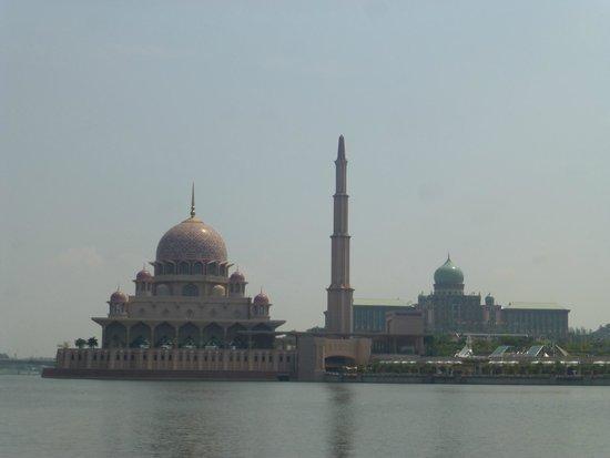 Putrajaya Lake : 眺めが良いです