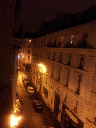 Ile de France Opéra Hotel: La vista desde mi habitación