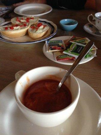 Langeveen, The Netherlands: Een warme kop soep als starter.