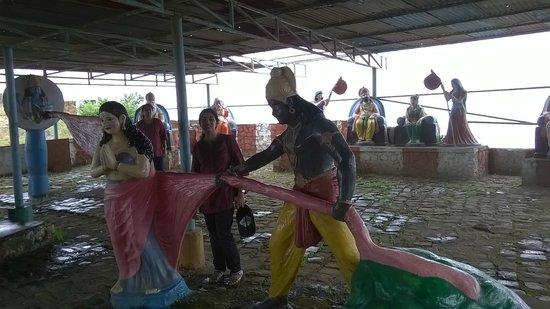 Neelkantheshwar: Scene from Mahabharat