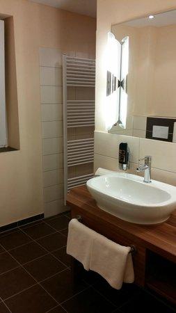Moin Hotel Cuxhaven: Badeværelse