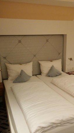 Moin Hotel Cuxhaven: Soveværelse
