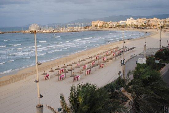 Hotel Playa: La vue de la terrasse de la chambre