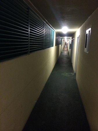Grand Seas Resort: Hallway at night aka scene from horror movie