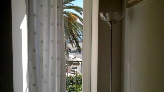 Affittacamere La Darsena : Vista camera centrale.