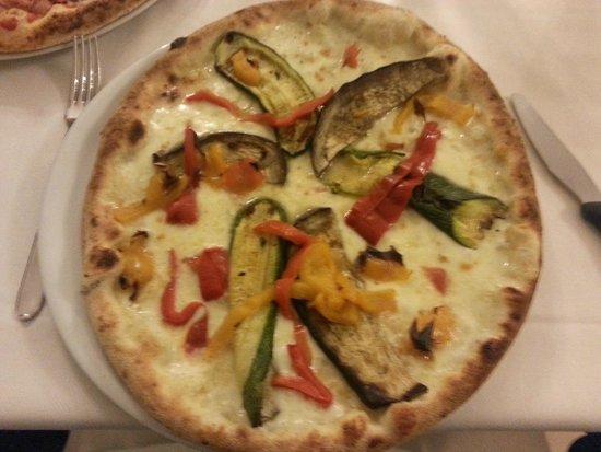 Pizzeria La Romantica Centro: pizza alle verdure