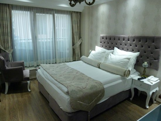 World Heritage Hotel Istanbul: Clean and comfortable bedroom, furnished in indiviual style