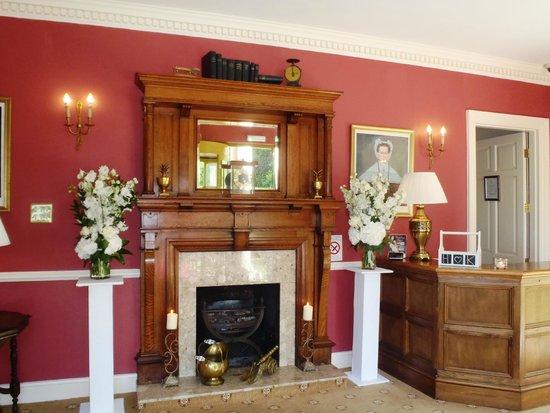 De Courceys Manor: Entrance of the Manor