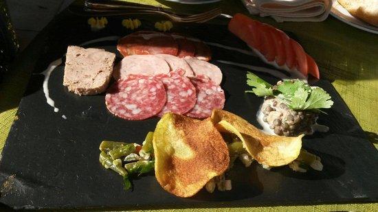 Najac, Frankrike: Assiette charcuterie menu enfant