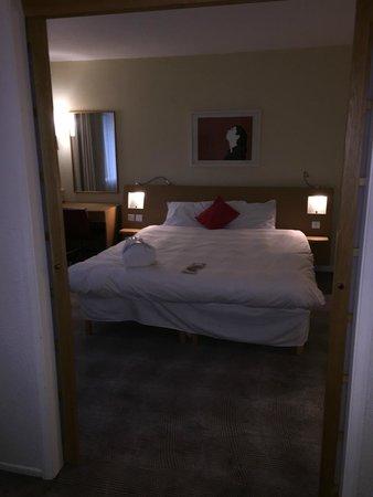 Novotel Sheffield Centre : Bedroom (Suite)