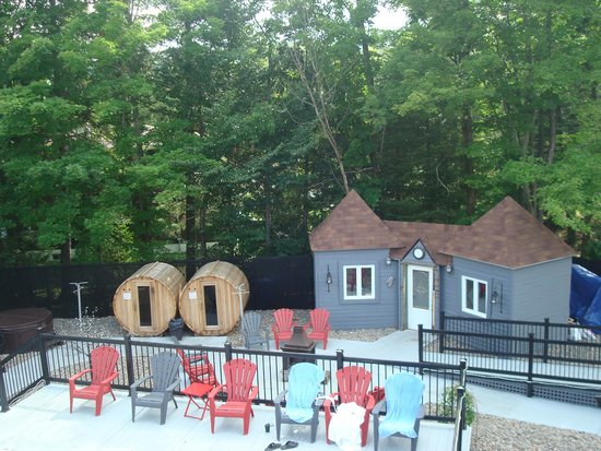 Hotel Spa Chateau Sainte-Adele: Outdoor saunas