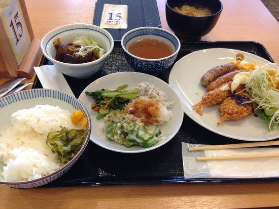 Daiwa Roynet Hotel Nagoya Shinkansenguchi: バイキングの朝食