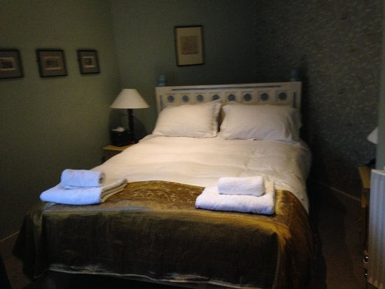 The William Cecil at Stamford: Bedroom